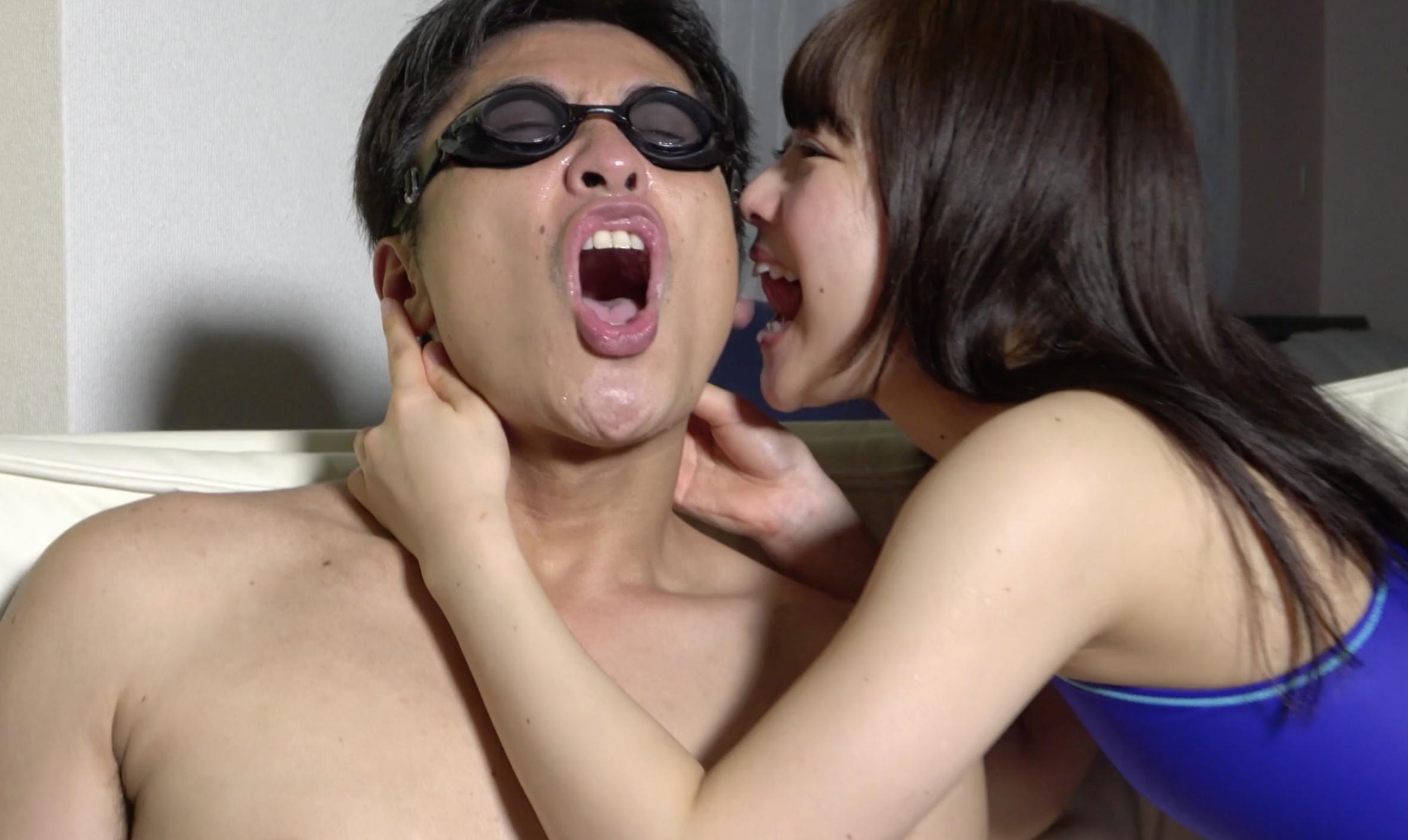 【唾&舌ベロ】大人気女優 宮沢ちはるチャンの大量唾たらしで顔・耳・乳首舐め!!!