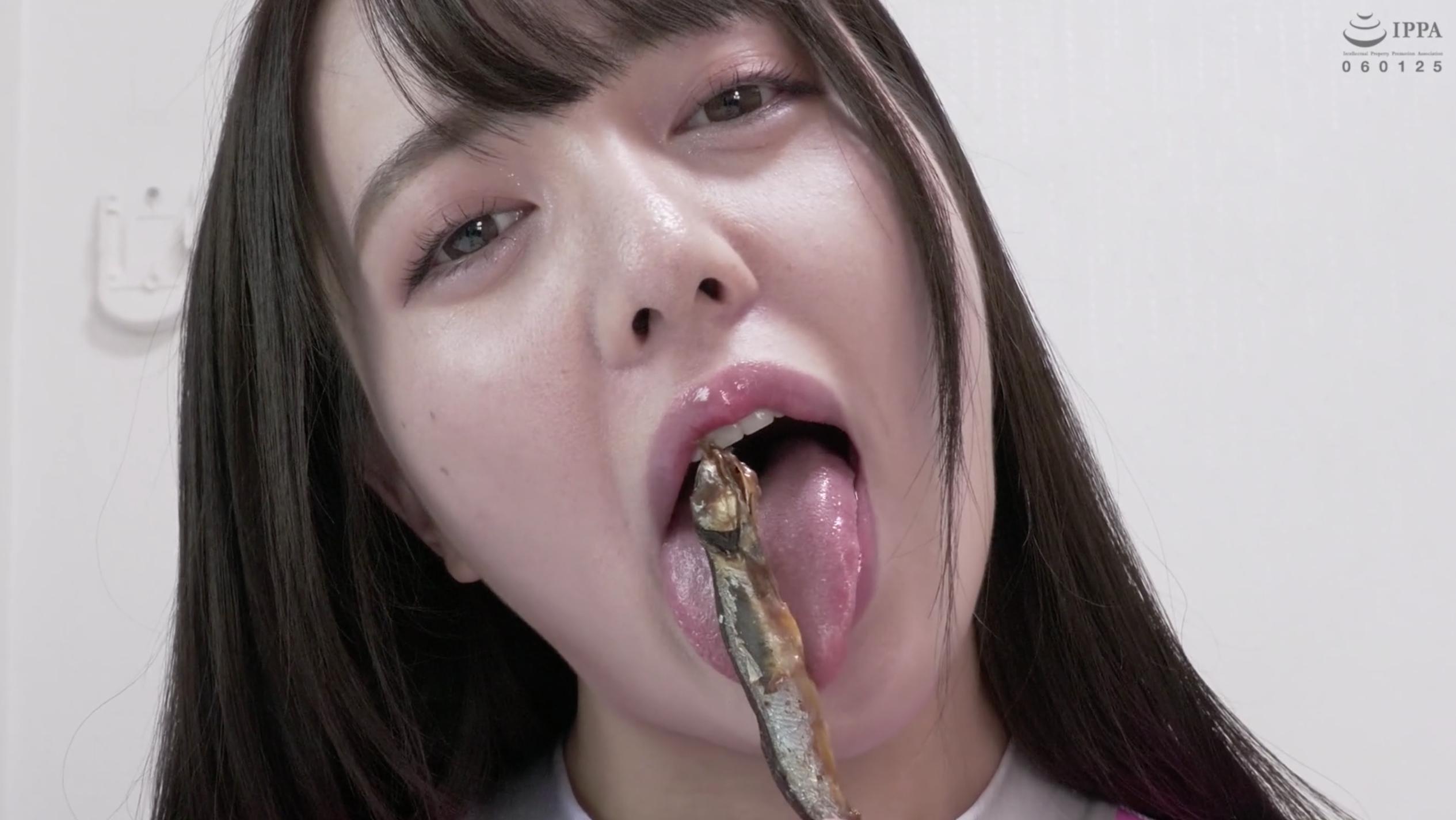 【舌ベロ&咀嚼】人気女優 朝日しずくチャンのししゃも舐め&唾たらし&咀嚼!!!(パッケージ画像)